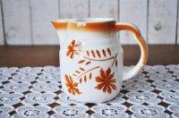ドイツ・アイボリー陶器のピッチャー/オレンジ花