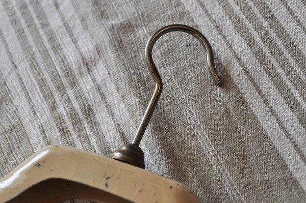 画像5: フランス・アンティーク スチール製ジャケットハンガー/アイボリー