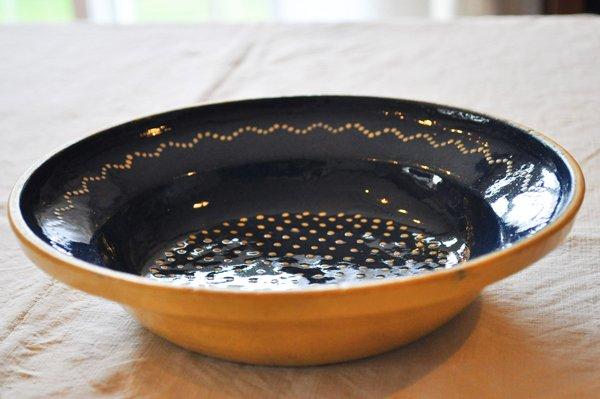 画像2: ドイツ・ブルー陶器のスーププレート/水玉
