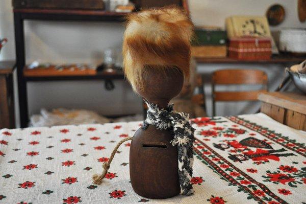 画像2: ドイツ・ヴィンテージ 木製貯金箱人形/鍵付き