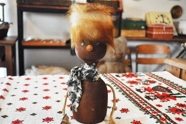 画像1: ドイツ・ヴィンテージ 木製貯金箱人形/鍵付き