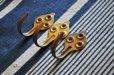 画像1: フランス・アンティーク真鍮製ミニフック3個セット (1)