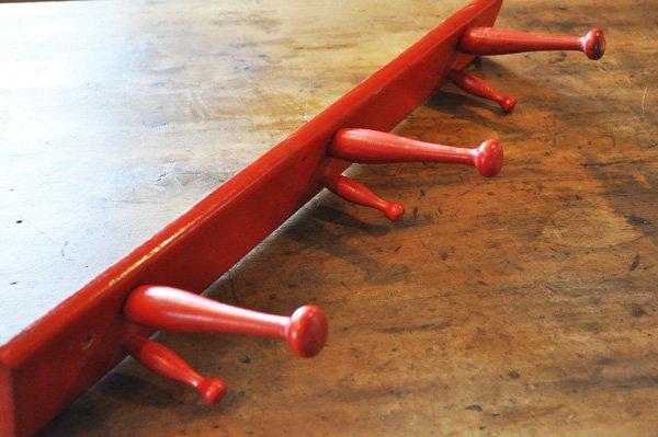 画像2: ドイツ・ヴィンテージ木製3連フック/レッド